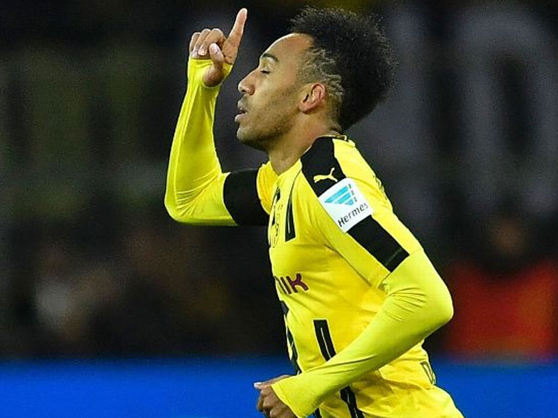 Chelsea gets chance to sign Aubameyang for £70m