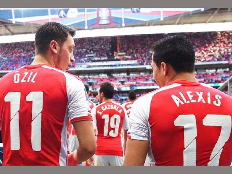 No comparison between Sanchez and Costa - Wenger