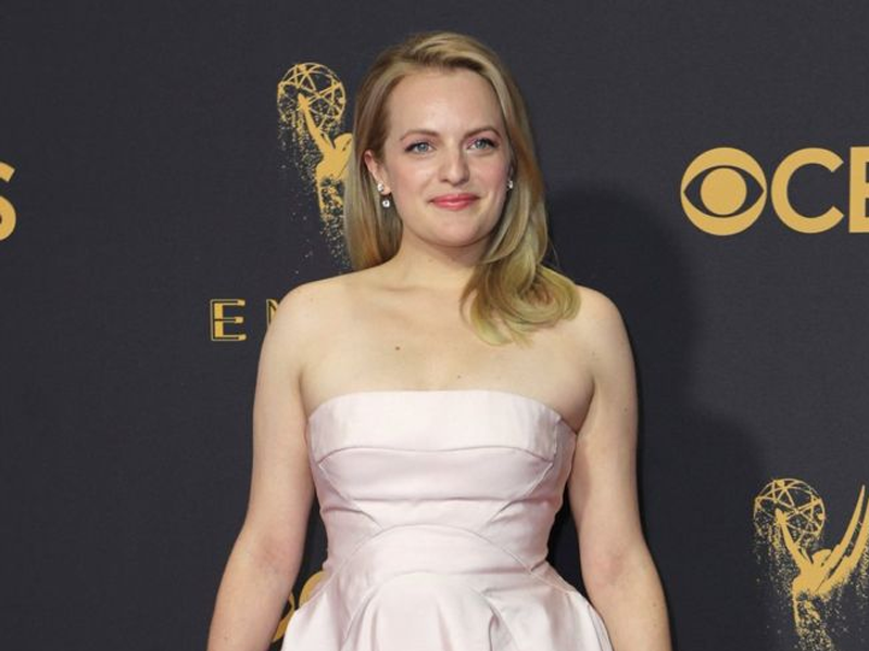 Elisabeth Moss Had A Secret Feminist Message Hidden In Her Emmys Outfit