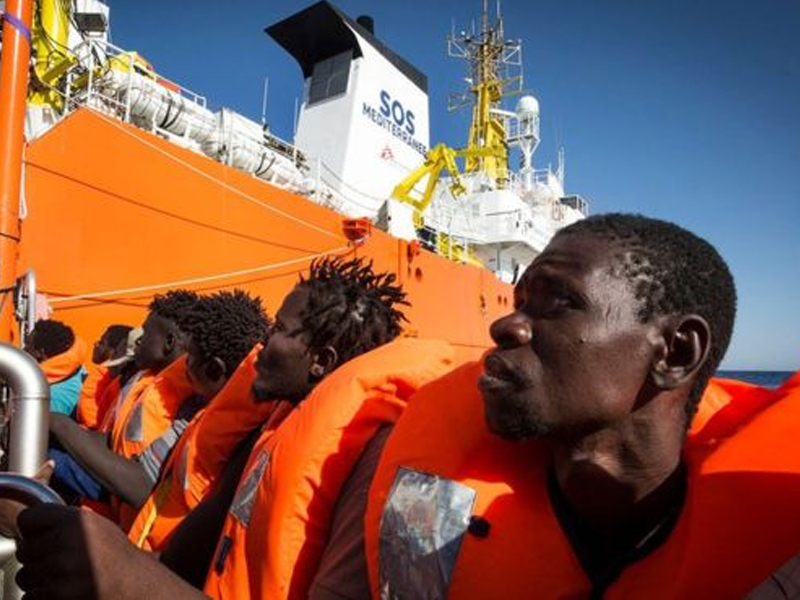 More than 200 migrant children rescued in Med