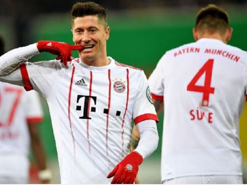 Bayern Munich put six past Paderborn to reach DFB-Pokal semi-finals
