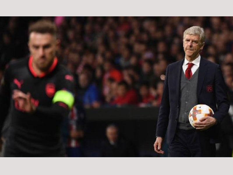 It's a high five for Arsenal as Wenger fans say 'Merci, Arsene'