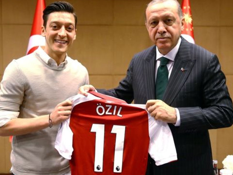 Germany Reacts to Ozil, Gundogan For Picture Taken With Erdogan