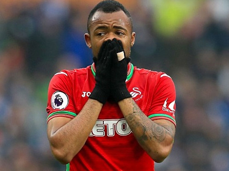 Jordan Ayew completes move to Crystal Palace