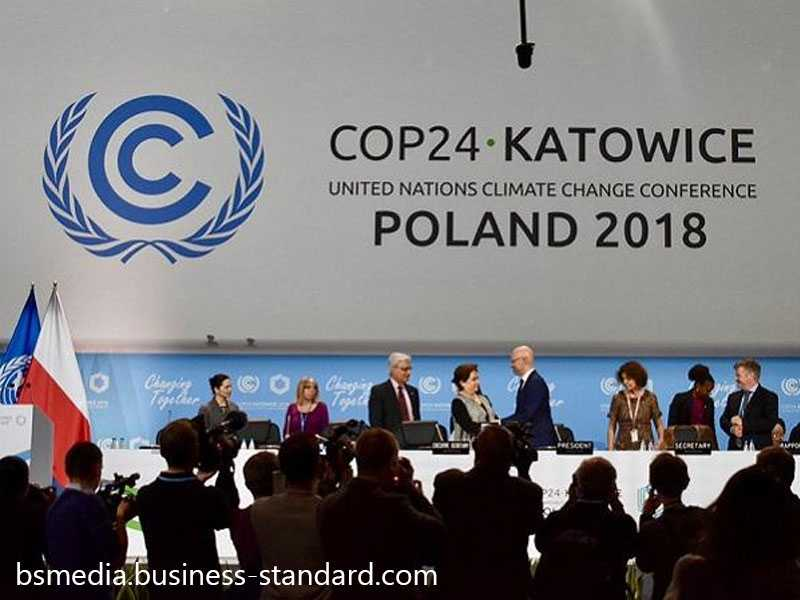 World 'way off course', UN warns at crunch climate summit