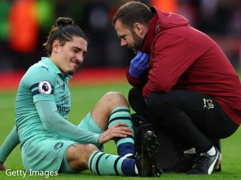Emery Provides A Worrying Update On Hector Bellerin's Injury
