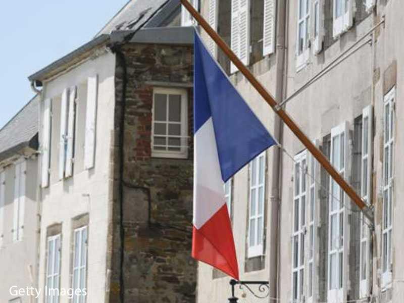 France Registers Nearly 2,500 New Coronavirus Cases - Senior Health Official
